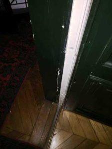 Reparation de portes menuisier paris: Reparation porte pas cher